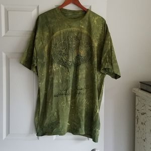 The Mountain XXL Green Tee Excellent Condition